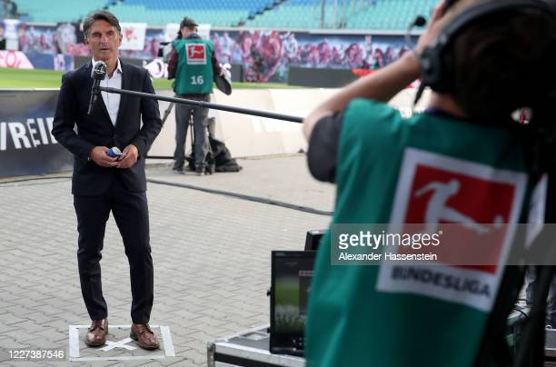 Bruno Labbadia, head coach of Hertha Berlin looks on before the Bundesliga match between RB Leipzig and Hertha BSC at Red Bull Arena on May 27, 2020...