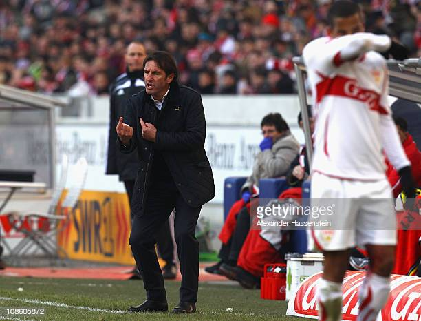 Bruno Labbadia head coach of Stuttgart and his player Daniel Didavi react during the Bundesliga match between VfB Stuttgart and SC Freiburg at...