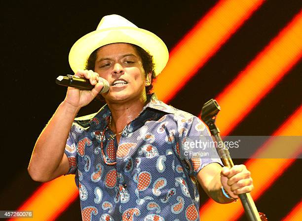 Bruno Mars performs at the UCSF Benioff Children's Hospital Concert For Kids Benefit presented by Salesforcecom during the Dreamforce Gala at City...