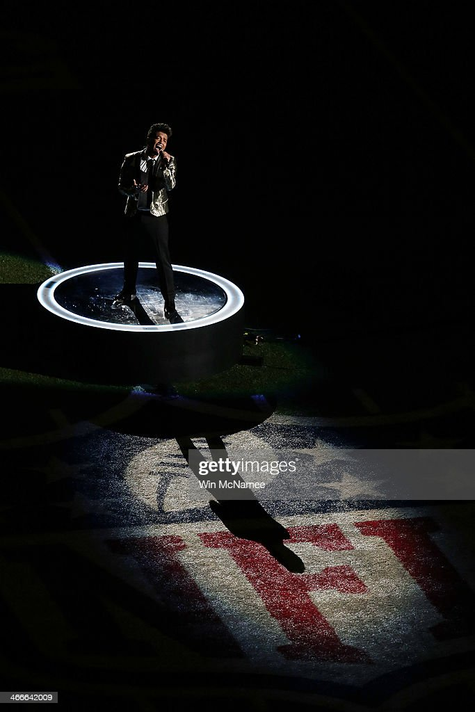 Bruno Mars performs during the Pepsi Super Bowl XLVIII Halftime Show at MetLife Stadium on February 2, 2014 in East Rutherford, New Jersey.