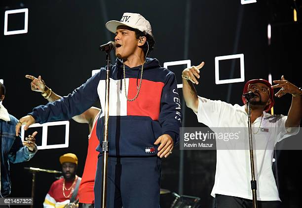 Bruno Mars performs on stage at the MTV Europe Music Awards 2016 on November 6 2016 in Rotterdam Netherlands