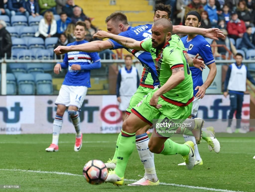 Bruno Martella (Crotone) and Milan Skriniar (Sampdoria) during the Serie A match between UC Sampdoria and FC Crotone at Stadio Luigi Ferraris on April 23, 2017 in Genoa, Italy.