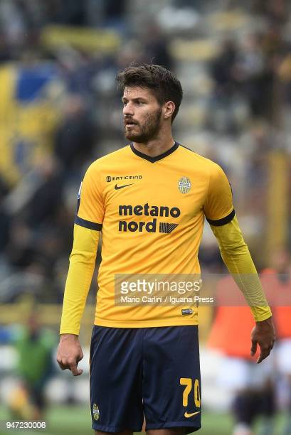 Bruno Petkovic of Hellas Verona FC looks on during the serie A match between Bologna FC and Hellas Verona FC at Stadio Renato Dall'Ara on April 15...