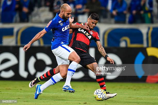 Bruno Rodrigo of Cruzeiro and Everton of Flamengo battle for the ball during a match between Cruzeiro and Flamengo as part of Brasileirao Series A...