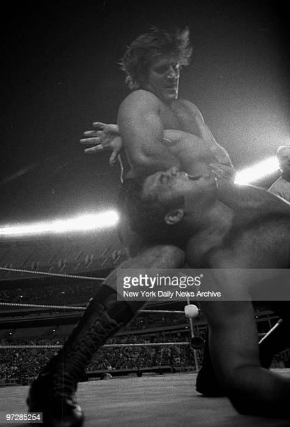 Bruno Sammartino against Pedro Morales at Shea Stadium.