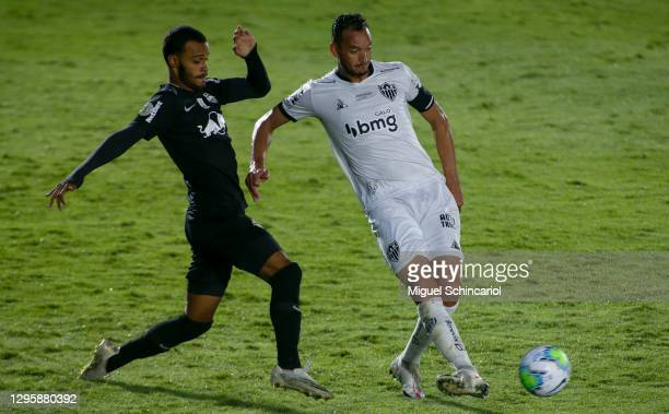 Bruno Tubarao of Red Bull Bragantino fight for the ball with Rever of Atletico Mineiro during a match between Red Bull Bragantino and Atletico...