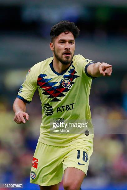 Bruno Valdez of America celebrates after scoring the first goal of his team during a quarter final first leg match between Club America and Atlanta...