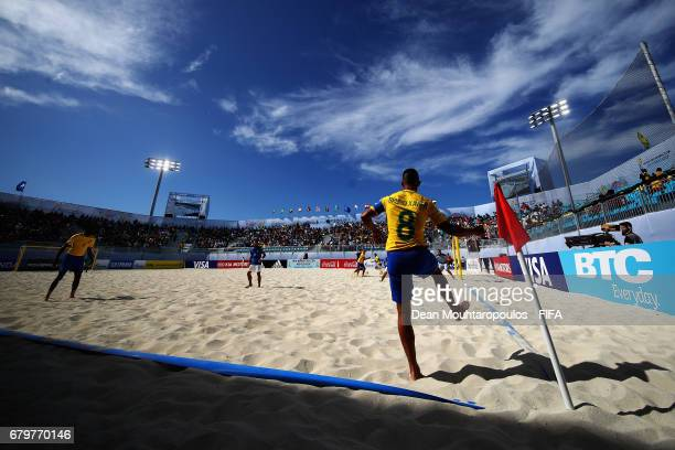 Bruno Xavier of Brazil takes a corner during the FIFA Beach Soccer World Cup Bahamas 2017 semi final match between Brazil and Italy at National Beach...