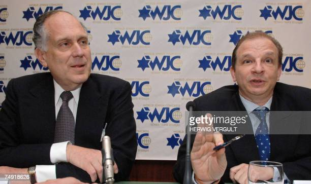 20070626 BRUSSELS BELGIUM President of the World Jewish Congress Ronald S Lauder and Honorary VicePresident Maram Stern answer media questions at a...