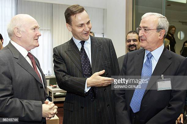 British Defence minister John Reid current chairman of the Council new Polish Defense minsiter Radoslaw Sikorski and Italian Defence minister Antonio...