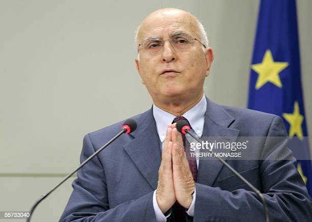 EU Commissioner for environmental policies Stavros Dimas talks during a press briefing in the Berlaymont 21 September 2005 in Brussels AFP PHOTO...