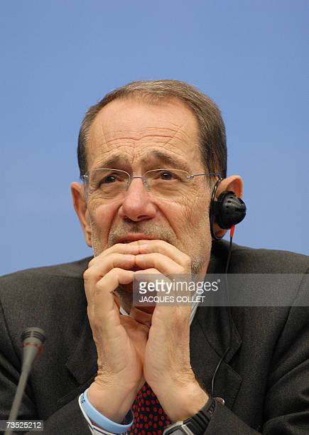 European Union Foreign Policy Chief Javier Solana gives a press conference following an EU summit session at the EU headquarters in Brussels 08 March...