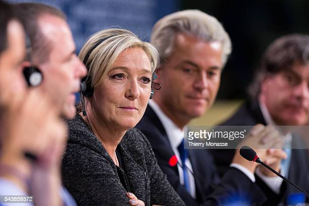 Brussels Belgium May 28 2014 President of the farright Front National Marine LE PEN and Dutch rightwing politician and the founder and leader of the...
