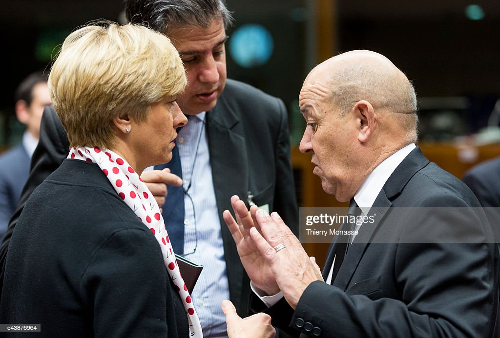 Eu defence ministers meeting pictures getty images brussels belgium november 18 2014 italian minister of defense roberta m4hsunfo