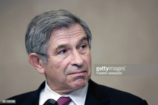 President of the World Bank Paul Wolfowitz and the President of the European Commission Jose Manuel Barroso hold a press briefing after a bilateral...