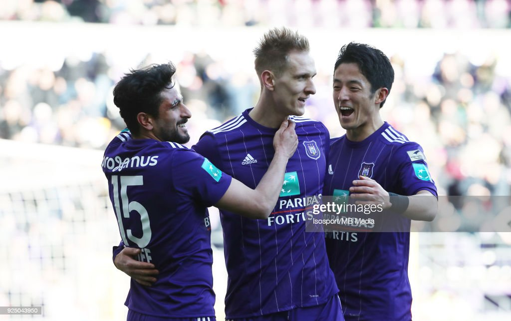Rsc Anderlecht v Royal Excel Mouscron : ニュース写真