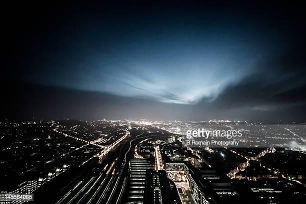 brussels view - brussels hoofdstedelijk gewest stockfoto's en -beelden