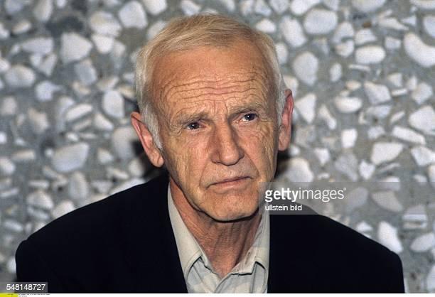 Bruyn Guenter de * Schriftsteller D Portrait 1996