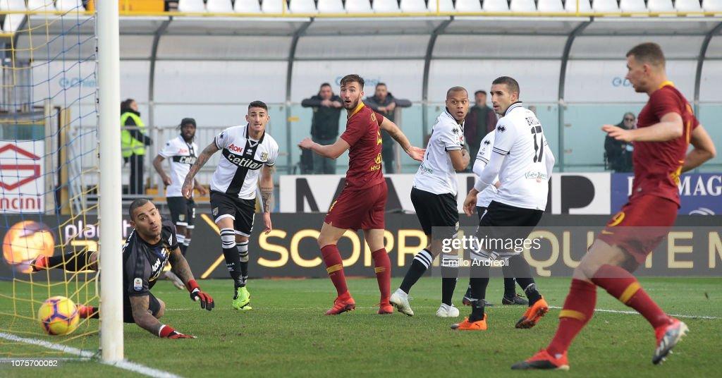 Parma Calcio v AS Roma - Serie A : News Photo