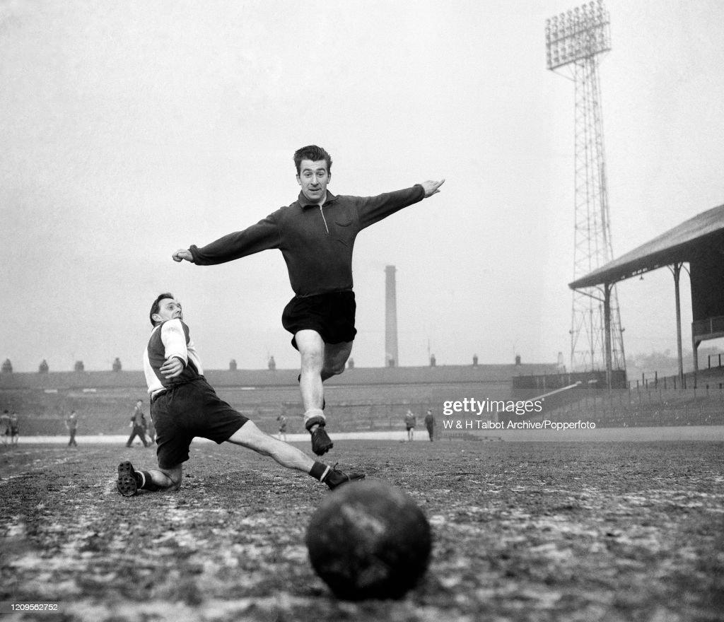 Bryan Douglas And Bill Eckersley - Blackburn Rovers : News Photo