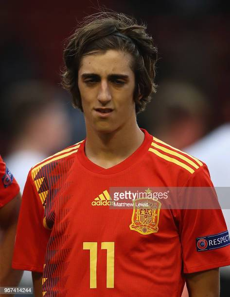 Bryan Gil of Spain looks on during the UEFA European Under-17 Championship Group Stage match between Spain and Germany at Bescot Stadium on May 11,...
