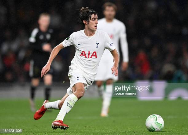 Bryan Gil of Tottenham Hotspur runs with the ball during the UEFA Europa Conference League group G match between Tottenham Hotspur and NS Mura at on...