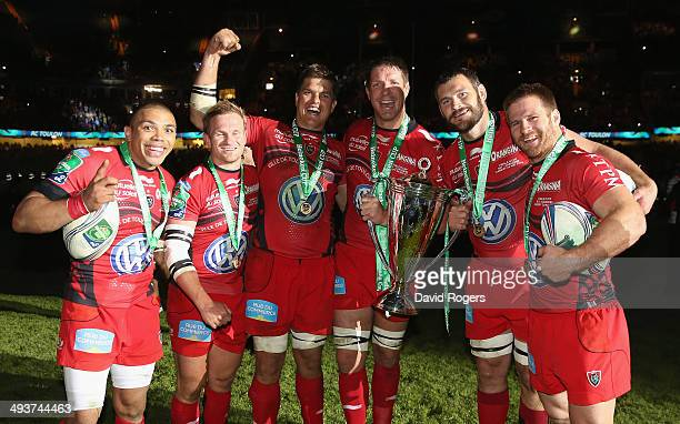 Bryan Habana Michael Claassens Juan Smith Bakkies Botha Danie Rossouw and Craig Burden of Toulon and South Africa celebrate after their victory...