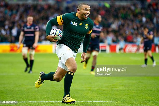 Bryan Habana of South Africa breaks through to score their third try during the 2015 Rugby World Cup Pool B match between South Africa and USA at the...