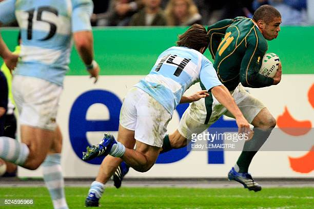 Bryan Habana on his way to score a try during the IRB World Cup rugby match semi final between South Africa and Argentina.   Location: Saint Denis,...