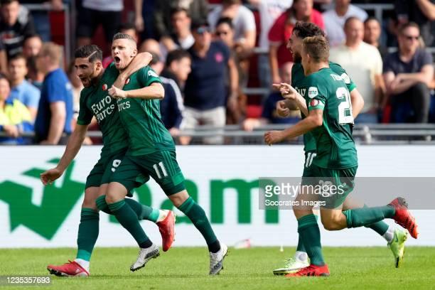 Bryan Linssen of Feyenoord celebrates 0-2 with Alireza Jahanbakhsh of Feyenoord, Orkun Kokcu of Feyenoord, Jens Toornstra of Feyenoord during the...