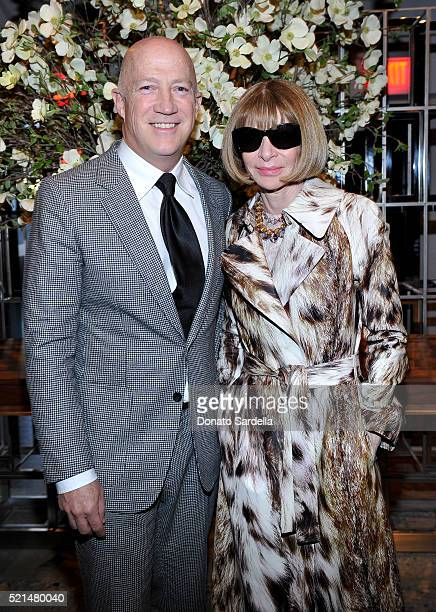 Bryan Lourd and Editorinchief of American Vogue Anna Wintour attend The First Monday in May Los Angeles screening hosted by Bryan Lourd Wendi Murdoch...