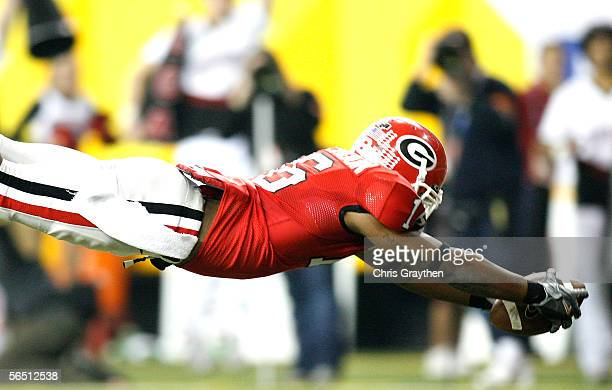 Bryan McClendon of the Georgia Bulldogs runs in a 43 yard pass for a touchdown against the West Virginia Mountaineers during the 4th quarter of the...