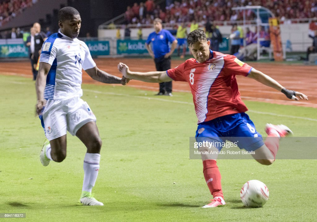Bryan Oviedo kicks the ball during the match between Costa Rica and Panama as part of the FIFA 2018 World Cup Qualifiers at Estadio Nacional on June 08, 2017 in San Jose, Costa Rica.