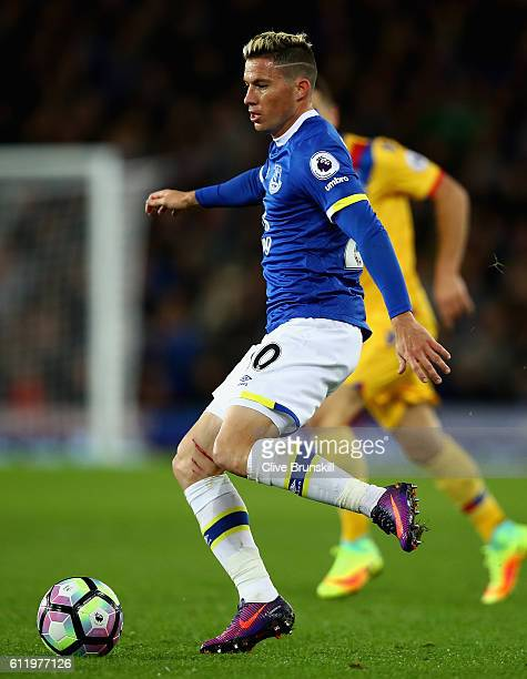 Bryan Oviedo of Everton in action during the Premier League match between Everton and Crystal Palace at Goodison Park on September 30, 2016 in...