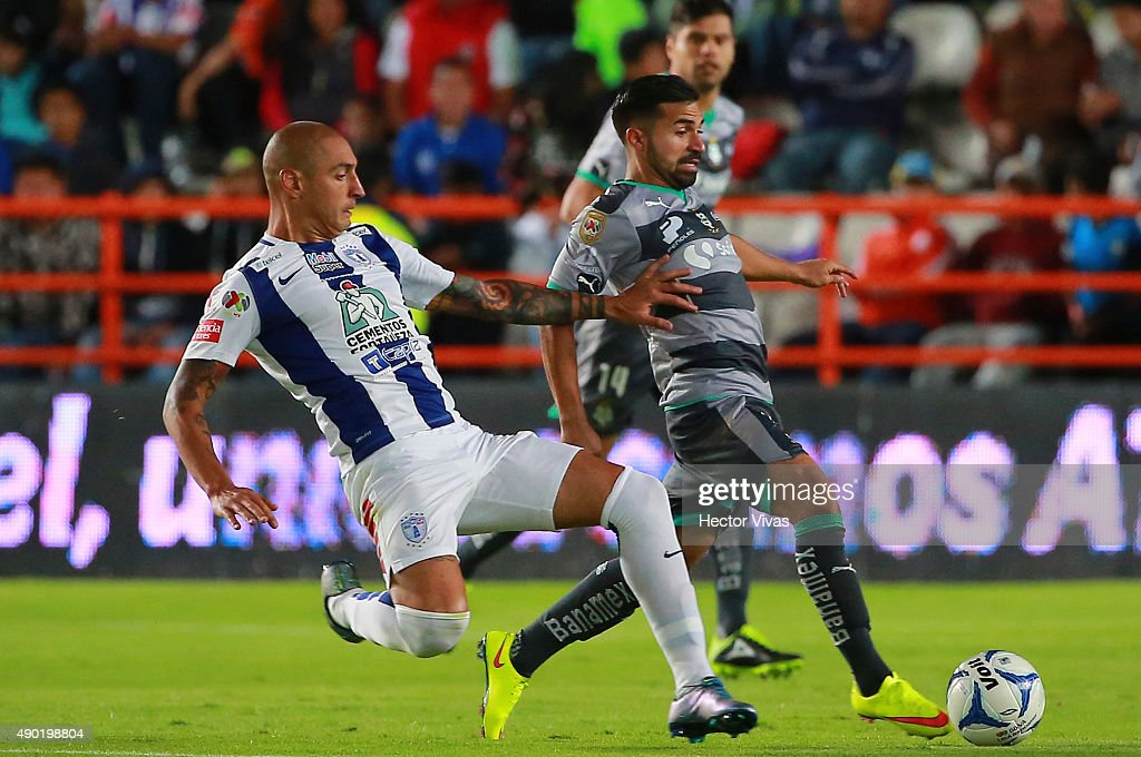 Pachuca v Santos Laguna - Apertura 2015 Liga MX