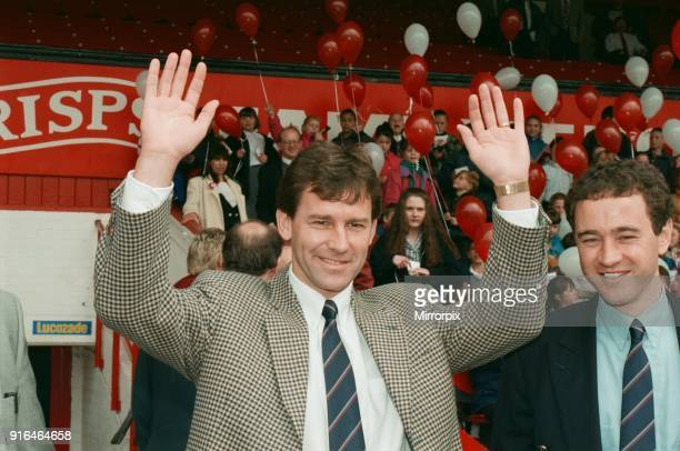 Bryan Robson being unveiled as the new Manager for Middlesbrough FC Pictured with chairman Steve Gibson on the right. Ayresome Park, Middlesbrough,...