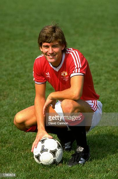 Bryan Robson of Manchester United at Old Trafford in Manchester England Mandatory Credit David Cannon /Allsport