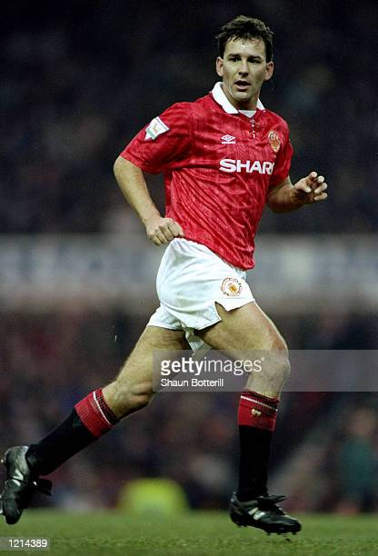 Bryan Robson of Manchester United Mandatory Credit Shaun Botterill /Allsport
