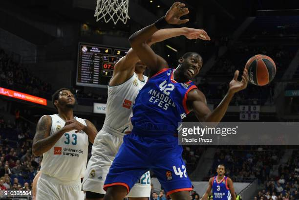 Bryant Dunston #42 of Anadolu Efes in action during the 2017/2018 Turkish Airlines EuroLeague Regular Season Round 20 game between Real Madrid and...