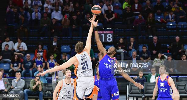 Bryant Dunston #42 of Anadolu Efes Istanbul competes with Tibor Pleiss #21 of Valencia Basket during the 2017/2018 Turkish Airlines EuroLeague...