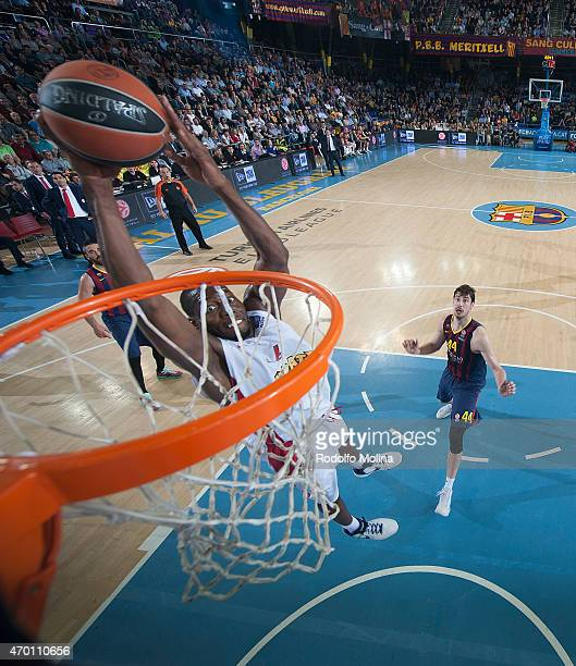 Bryant Dunston #6 of Olympiacos Piraeus in action during the 20142015 Turkish Airlines Euroleague Basketball Play Off Game 2 between FC Barcelona v...