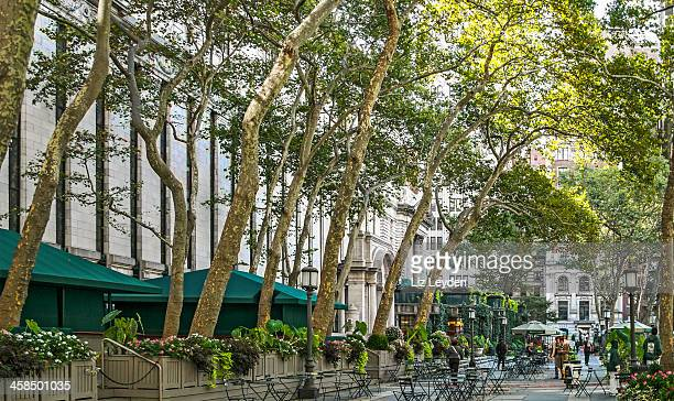 ブライアントパーク、ミッドタウン、ニューヨーク市 - ブライアント公園 ストックフォトと画像