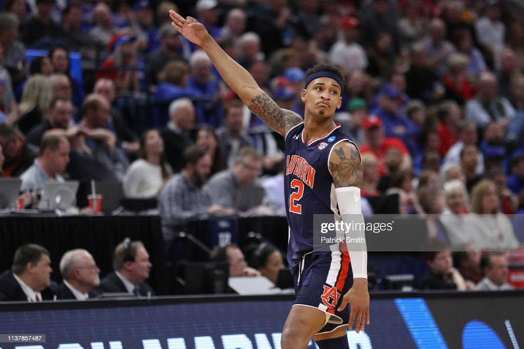 Auburn v Kansas : News Photo