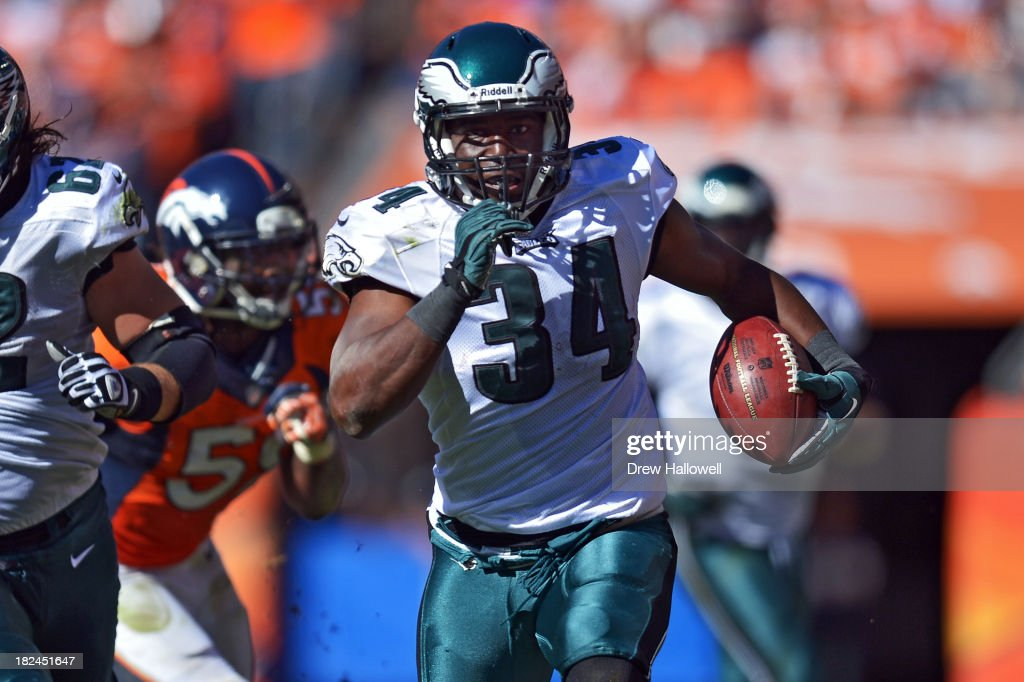 Bryce Brown #34 of the Philadelphia Eagles runs the ball against the Denver Broncos at Sports Authority Field at Mile High on September 29, 2013 in Denver, Colorado.