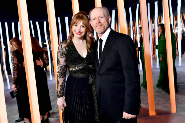 CA: 2020 Vanity Fair Oscar Party Hosted By Radhika Jones - Dinner