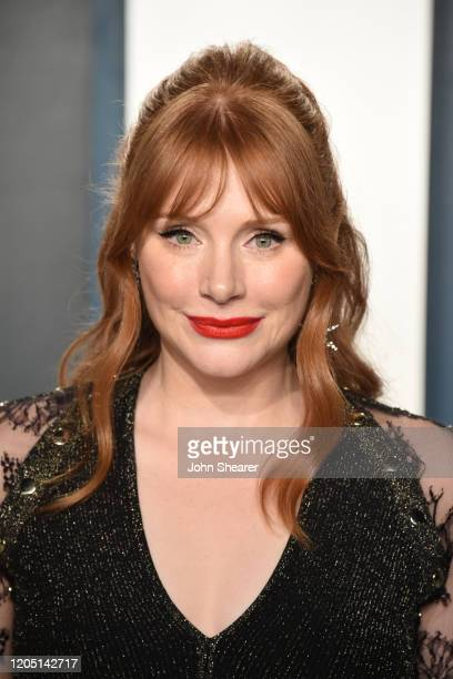 Bryce Dallas Howard attends the 2020 Vanity Fair Oscar Party hosted by Radhika Jones at Wallis Annenberg Center for the Performing Arts on February...