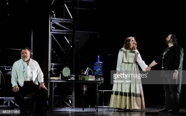 Bryn Terfel as Hans Sachs Rachel WillisSorensen as Eva and Gwyn Hughes Jones as Walther Von Stolzing in the Royal Opera's production of Richard...