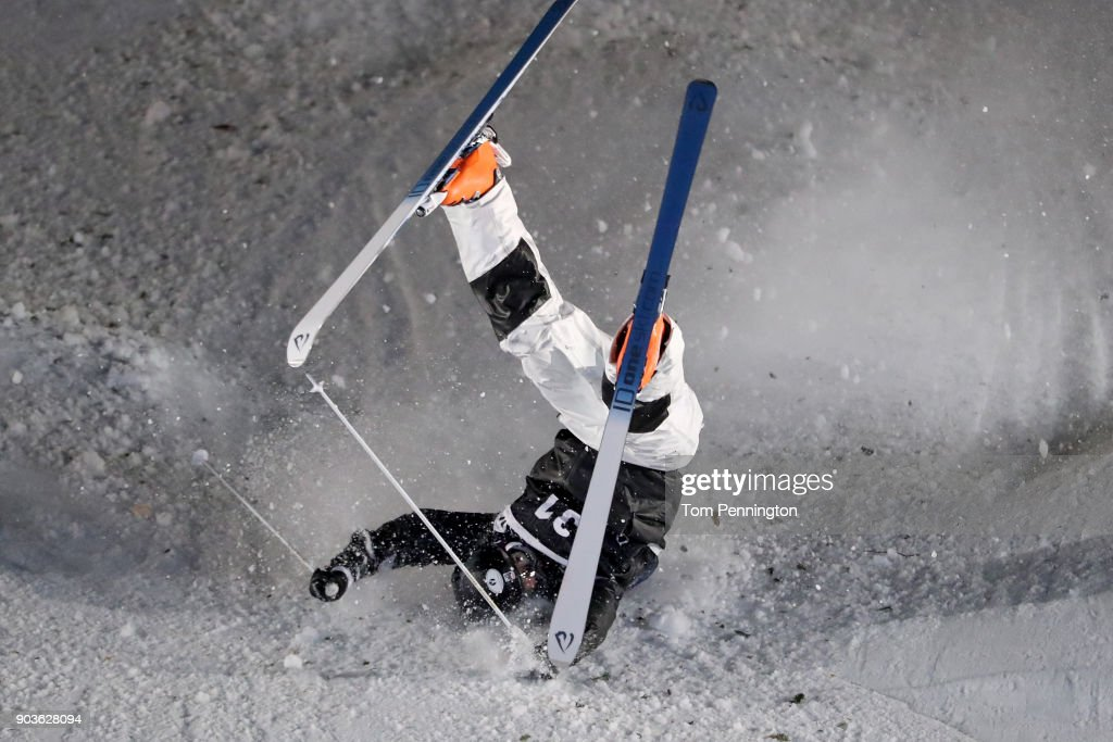 Bryon Wilson of the United States crashes in the Men's Moguls Finals during the 2018 FIS Freestyle Ski World Cup at Deer Valley Resort on January 10, 2018 in Park City, Utah.