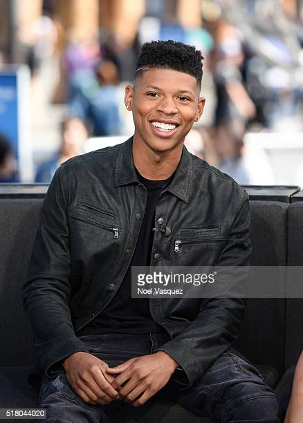Bryshere Y Gray visits Extra at Universal Studios Hollywood on March 29 2016 in Universal City California
