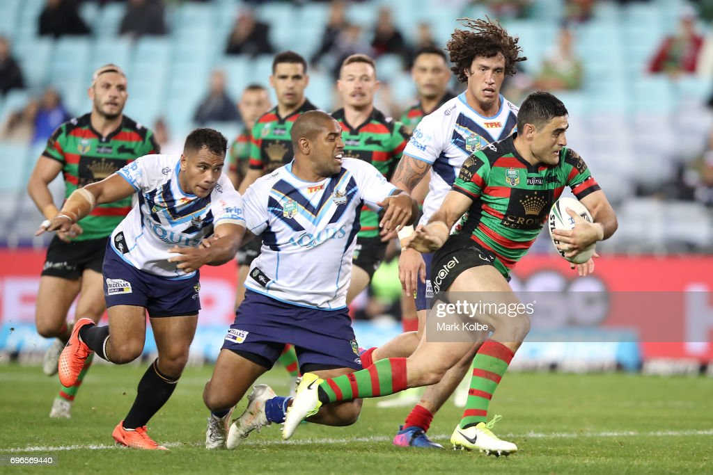 Bryson Goodwin of the Rabbitohs breaks away to score a try during the round 15 NRL match between the South Sydney Rabbitohs and the Gold Coast Titans at ANZ Stadium on June 16, 2017 in Sydney, Australia.